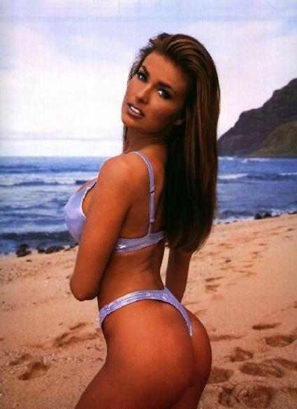 carmen electra wallpaper. Carmen Electra came into