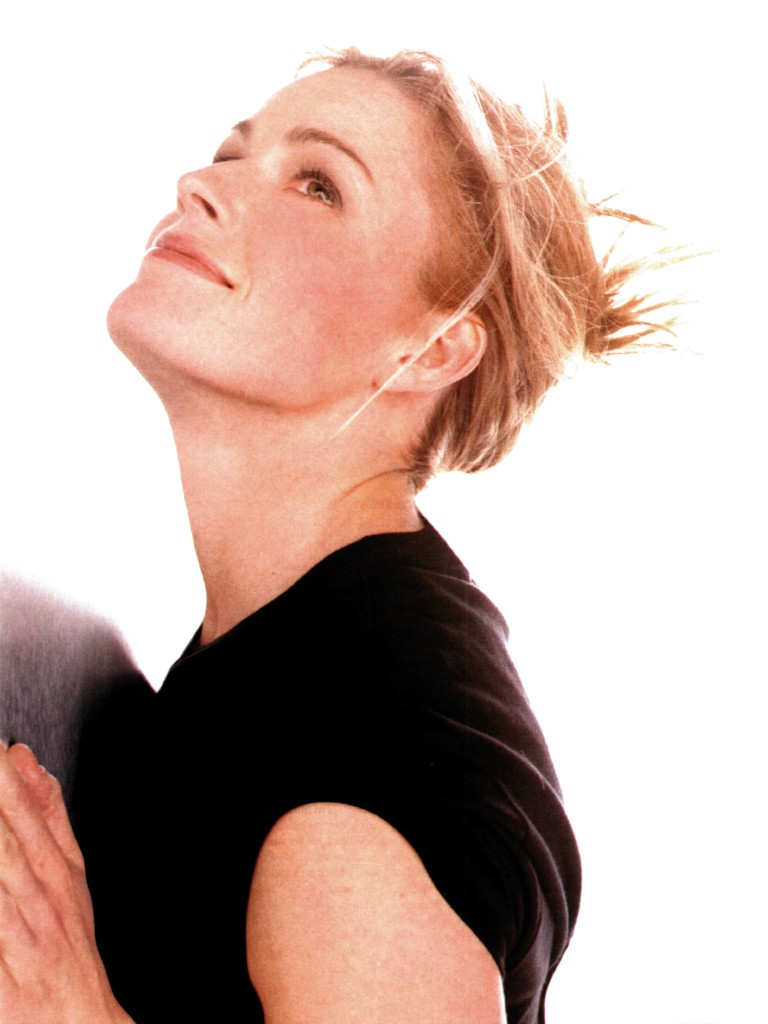 Elizabeth Shue Biography News Movie and Picture